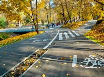 Строительство тротуарных, пешеходных, беговых, велосипедных дорожек